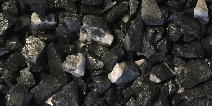 TERRAZZCO Glacier Black Marble Aggregate